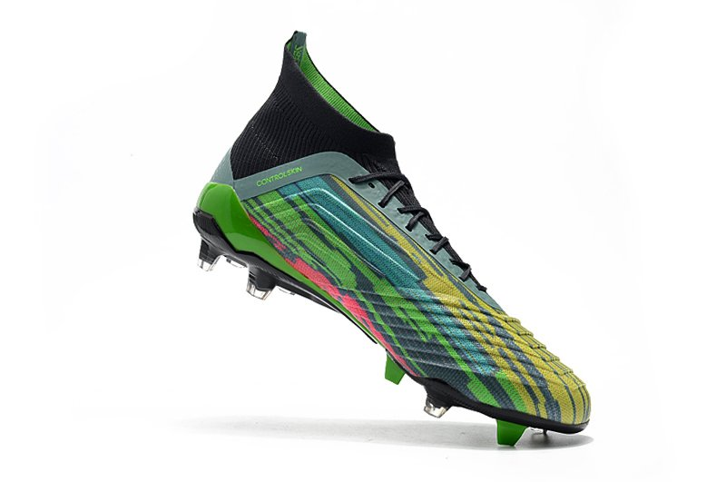 a5add7cdd0 Chuteira Adidas Predator 18.1 Colors Campo Original. 50% OFF