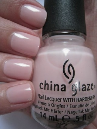 Innocence - China Glaze na internet