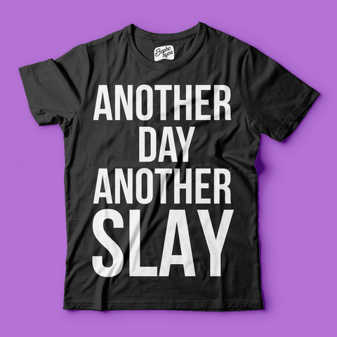 "T-Shirt RPDR - All Stars 3: Bebe Zahara Benet ""Another Day Another Slay"" - loja online"