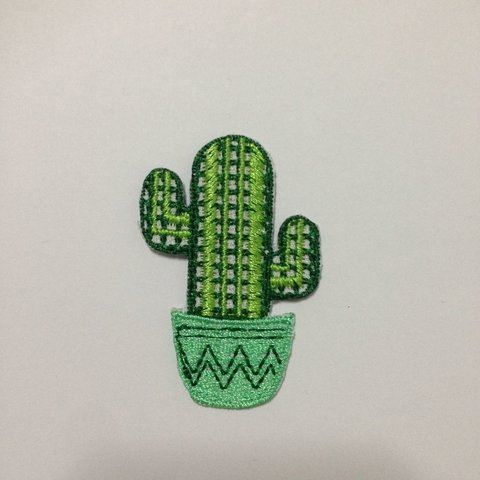 patch-bordado-cactos