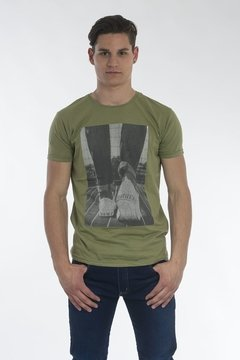 Imagen de REMERA DB URBAN SHOES