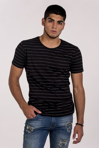 REMERA CUELLO/O RAYADA HOUKY MD58 en internet
