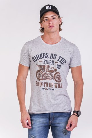 REMERA CUELLO/O RIDERS ON THE STORM BUTONEE - md58