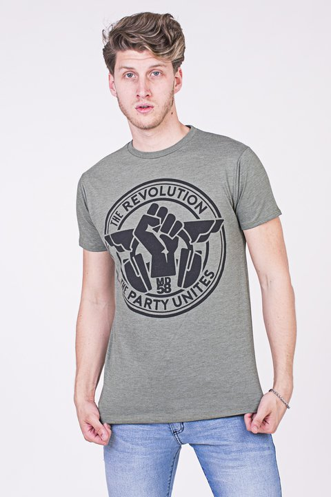 REMERA CUELLO/O  REVOLUTION PARTY UNITES