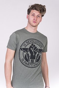 REMERA CUELLO/O  REVOLUTION PARTY UNITES - comprar online