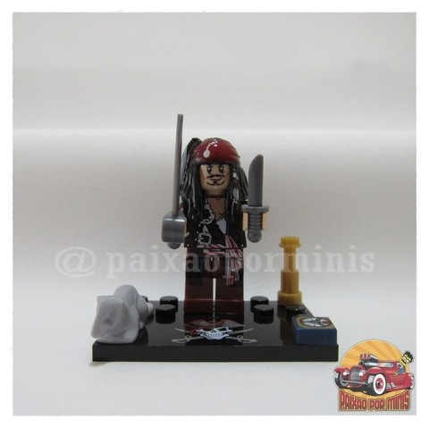 Jack Sparrow Modelo 02 - Piratas do Caribe