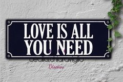 Chapa cartelito: Love is all you need
