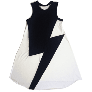 long white cotton dress - with a big black beam in the front - inspiration: BOWIE - so comfortable and so easy to use - super cool - good fall