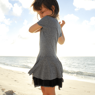 vestido gris melange - http://www.seasons-in-the-sun.com/