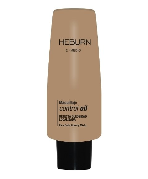 MAQUILLAJE CONTROL OIL