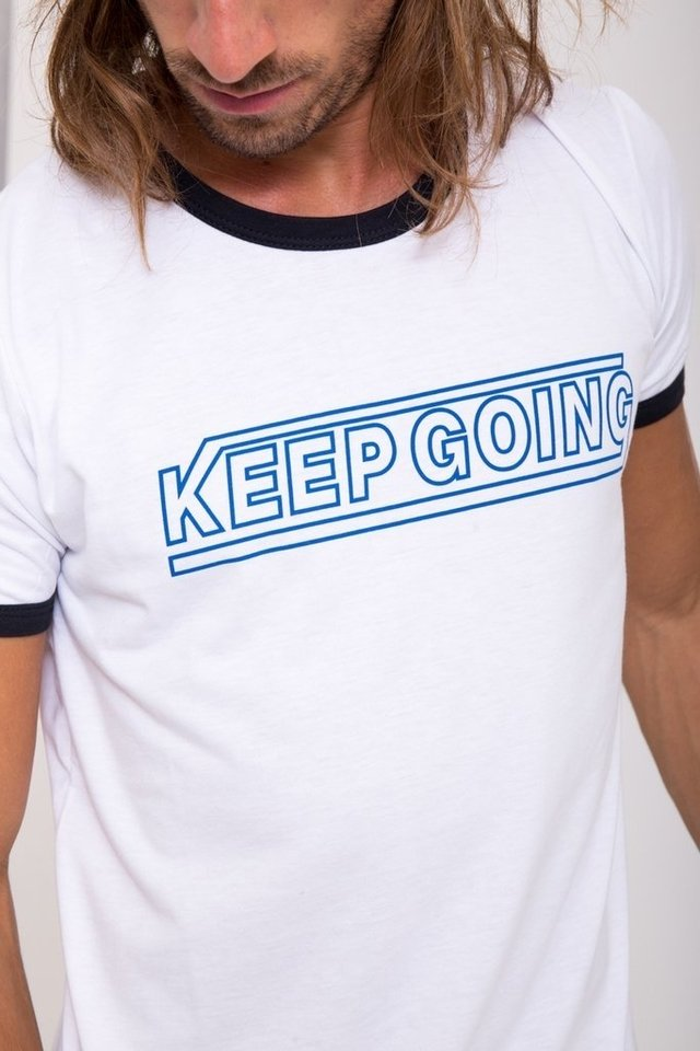 Remera Keep going - tienda online