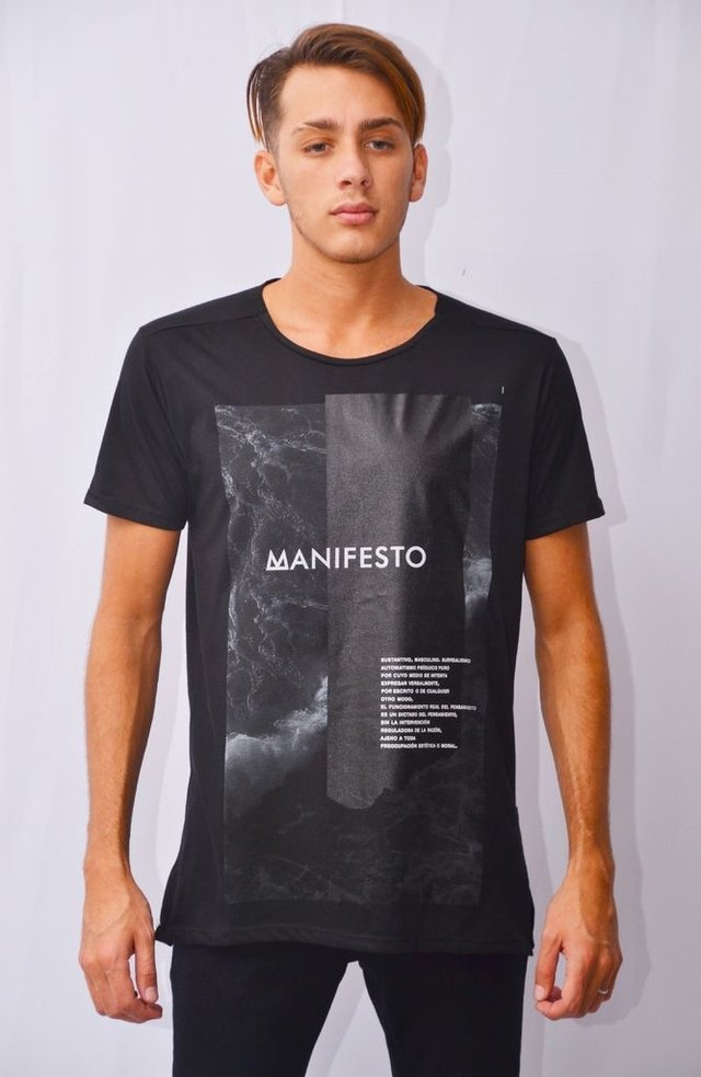 Remera Manifesto Art I171507 en internet