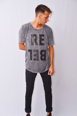 Remera Rebel Art I171508 - comprar online