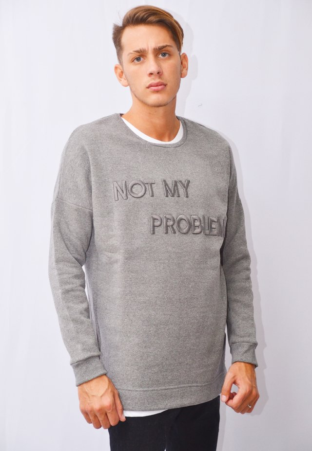 Buzo Not My Problem Art I174019 en internet