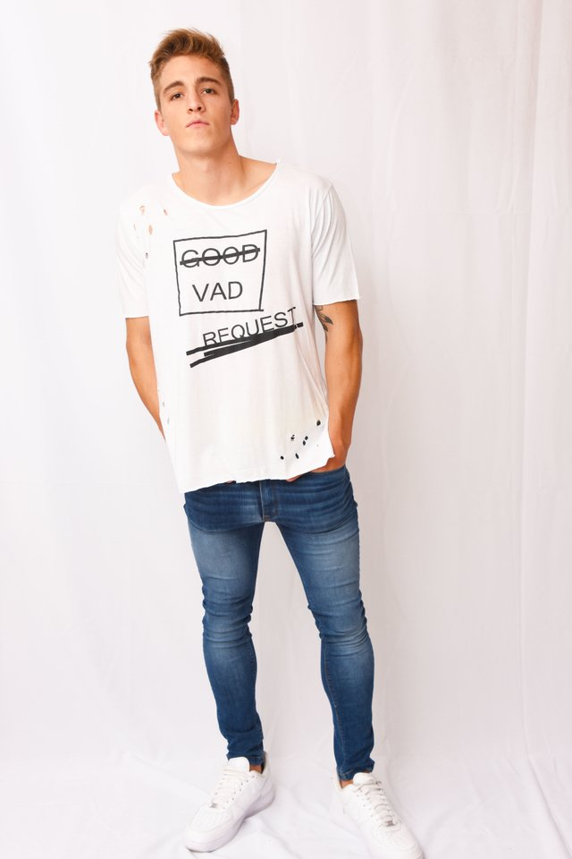 Remera Good Art V181026 en internet