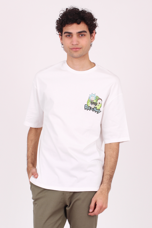 REMERA OVERSIZE RICK AND MORTY en internet