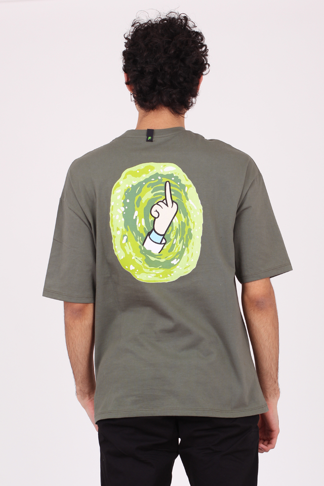 REMERA OVERSIZE RICK AND MORTY