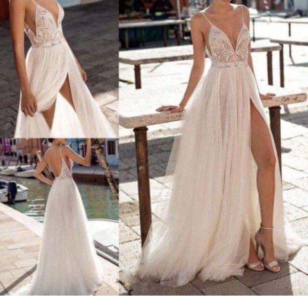 ebf38be2ac Vestido de Noiva Saia de Tule com Fenda e Corpete Cortininha