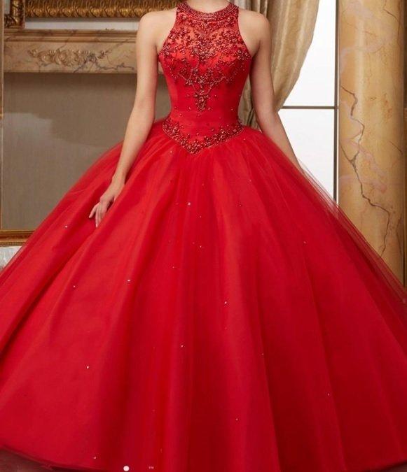 94793d35b8a Vestido Debutante 2 em 1 Cintura em V