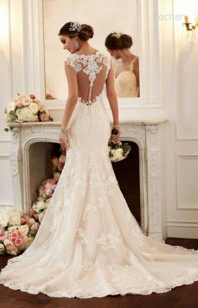 2d8363c2c4 Vestido de Noiva com Rendas - Ateliê da Isabela