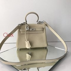 Bolsa Kelly 28 Off White Italiana na internet