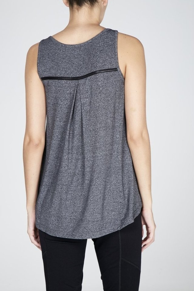 Musculosa Leather - comprar online