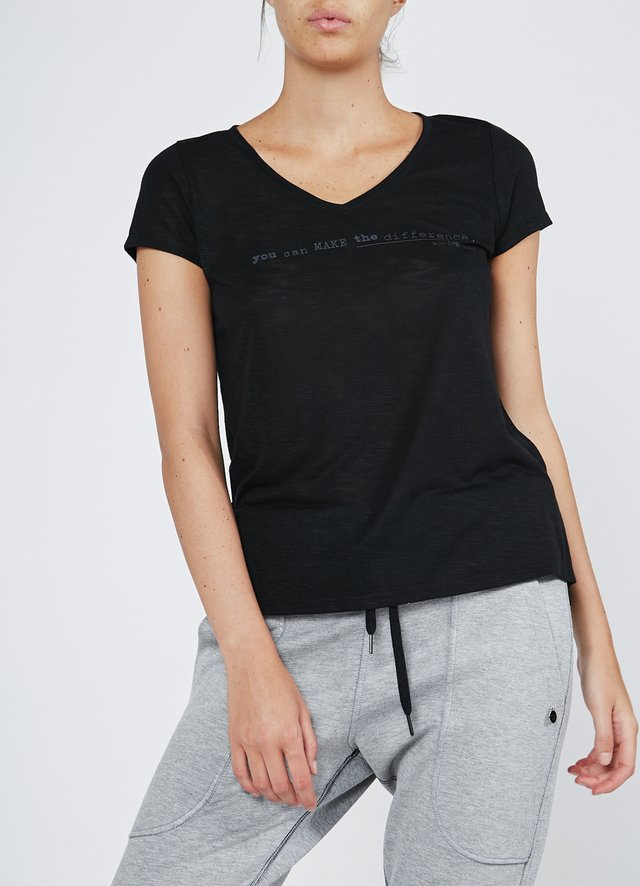 Remera Difference - comprar online