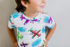 camiseta, infantil, unissex, colorida, estampa divertida, com aviões
