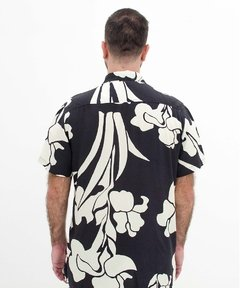 CAMISA SURREAL FLOWERS - O.W.L Store