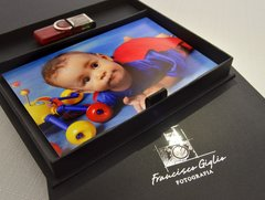 Case pen drive e fotos hot stamp Prata