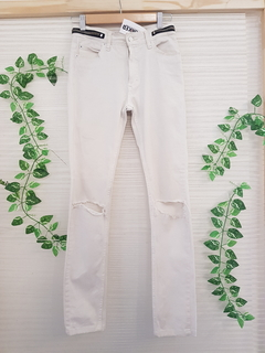 Pantalon White Ay Not Dead (28957)