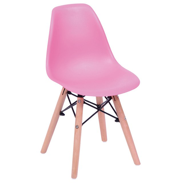 cadeira-eames-junior-rosa-com-base-de-madeira-natural
