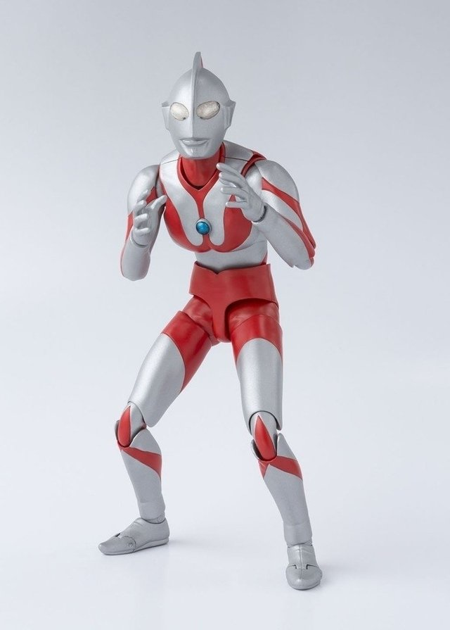 IRON STUDIOS - ULTRAMAN 50th ANIVERSARY EDITION (EX CCXP 2016)