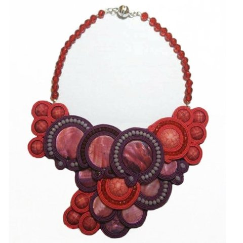 Collar Soutache en Tonos Borravinos