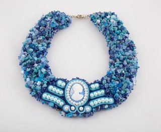 Collar bordado con soutache central - El Atelier
