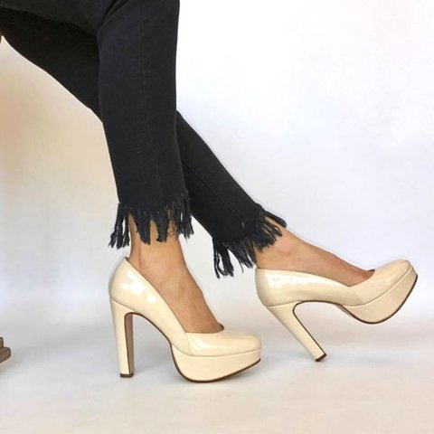 Stiletto Royal