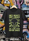REMERA ALIEN SHE'S BEAUTY