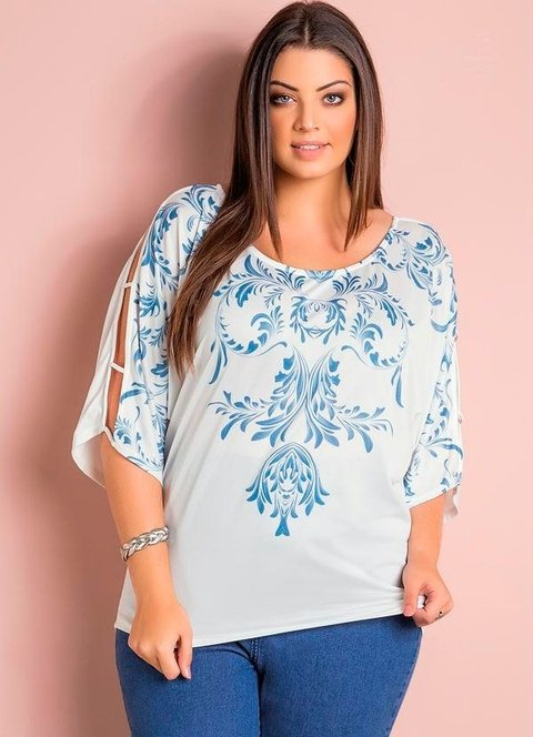Blusa Mangas Vazadas Off-White Plus Size