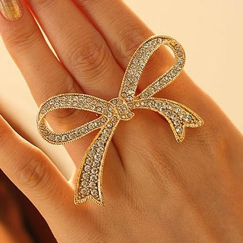 Rhinestoned Hollowed Bowknot Shape Ring