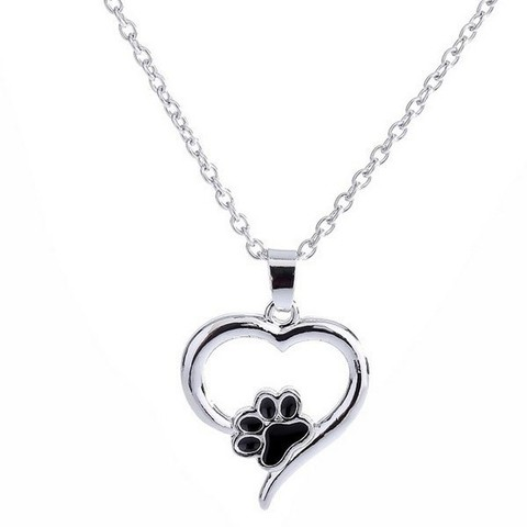 Claw Love Heart Shape Pendant Necklace