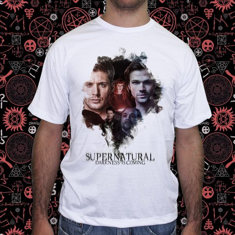 Camiseta Supernatural Darkness is Coming