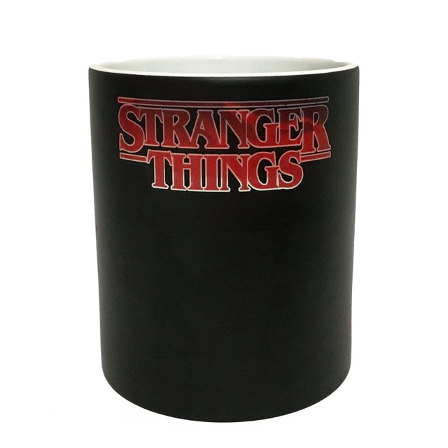 Caneca Mágica Stranger Things na internet