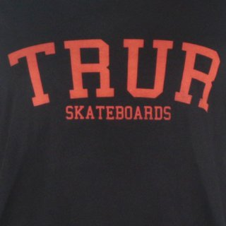 TRUR Skateboards Camiseta College en internet