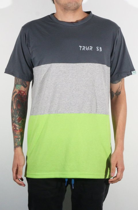 TRUR Skateboards Camiseta Geometric
