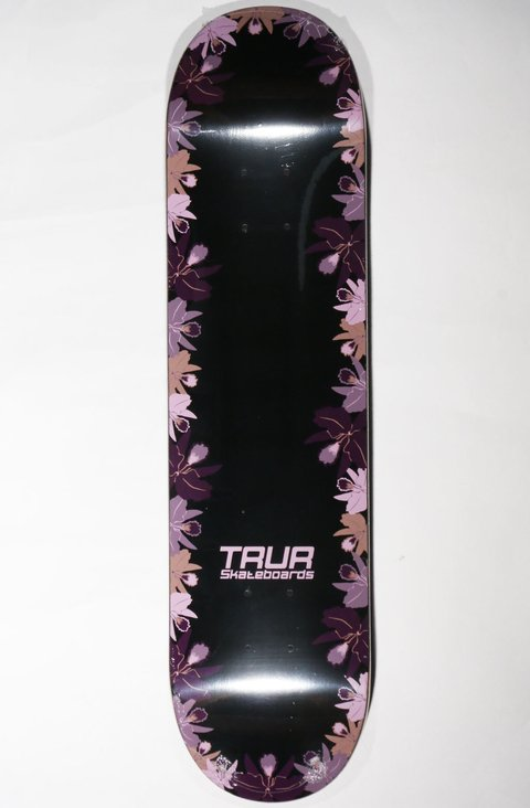 TRUR Skateboards Tabla Borde Floral