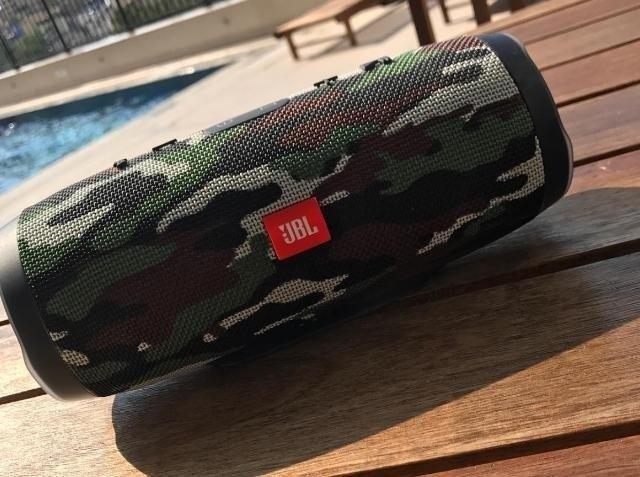 Caixa de Som JBL Charge 3 - Edição Especial! Bluetooth Portatil 20W USB à  Prova de Água! Camuflada