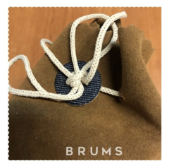 · Delantal Frank´s · - brums