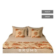 . Pie de cama Paisley . - brums