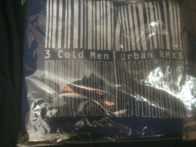 3 Cold Men - Urban Rmx T-SHIRT