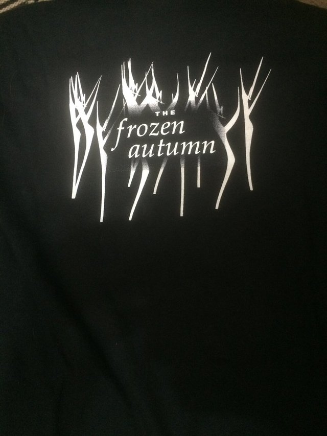 The Frozen Autumn - Oficial (T-SHIRT)